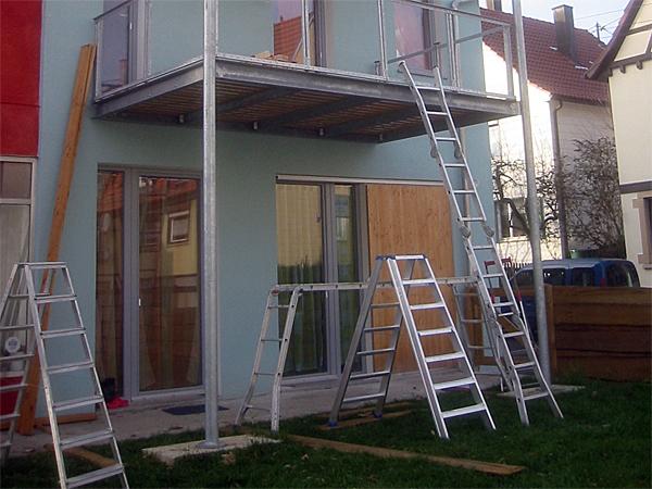 Montage des Balkons