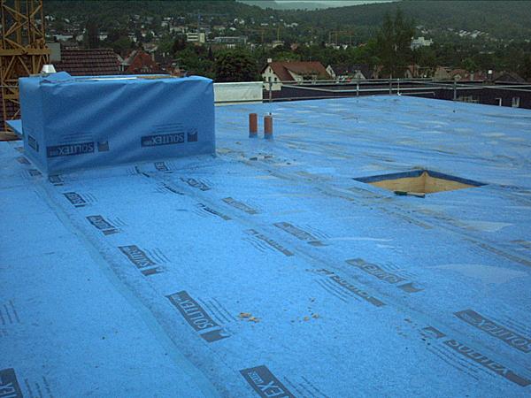 Wärmedämmung eines Flachdachs in Reutlingen