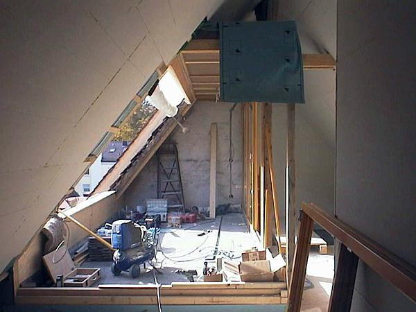 Dachboden vor dem Dachausbau