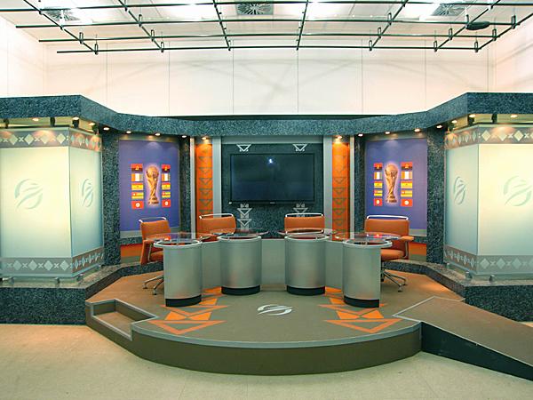 Fernsehstudio für Fußball-WM in Südafrika